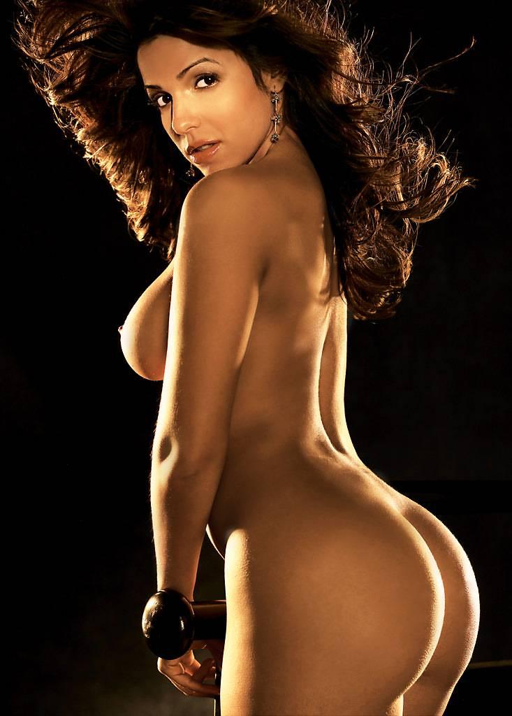 Vida Guerra Nude In Playboy