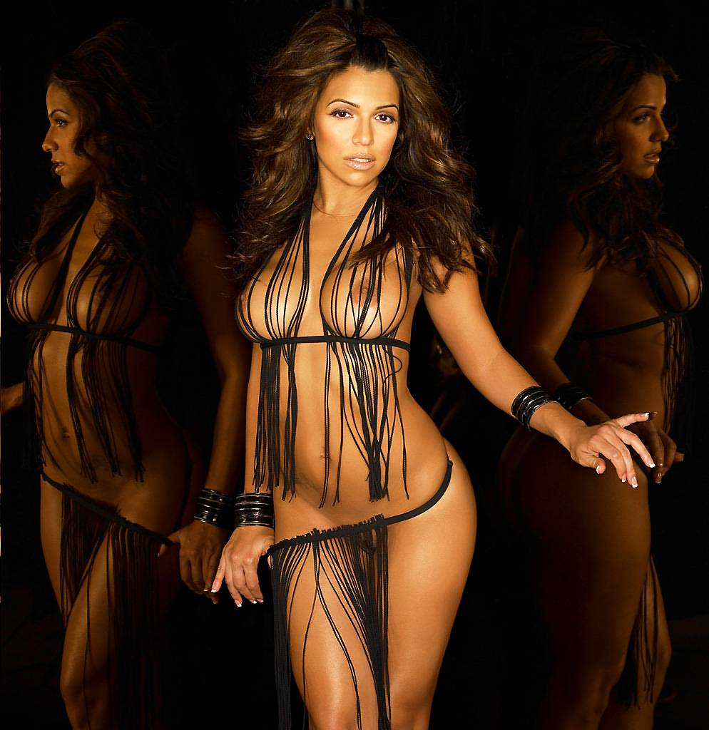 Vida Guerra Nude In Playboy